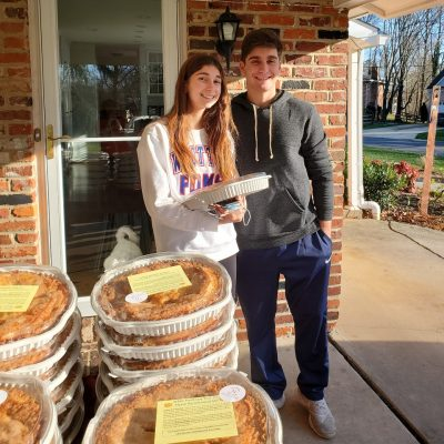 Thanksgiving pie giveaway 2020 9sq3